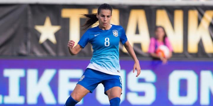 Sky Blue FC Signs Brazilian Midfielder Thaisa Moreno